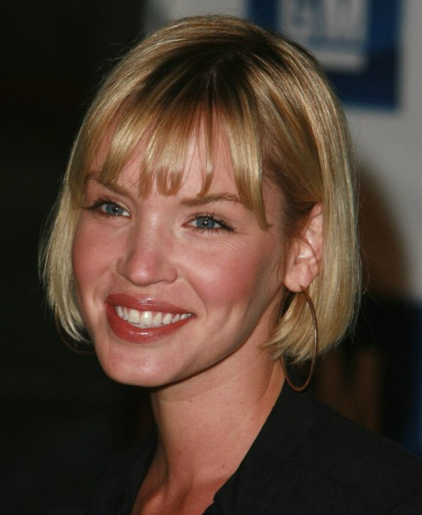 Ashley Scott With Her Hair Cut In A Chin Length Bob With A