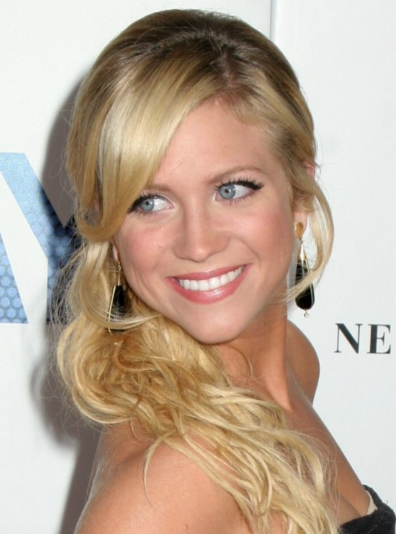 Brittany Snow Coleen Mcloughlin Hair Braided Up The