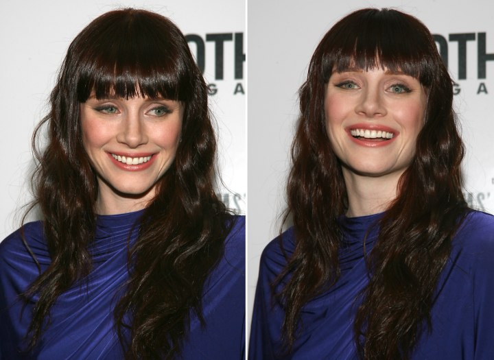 Bryce Dallas Howard Wearing Her Long Hair In Coils With