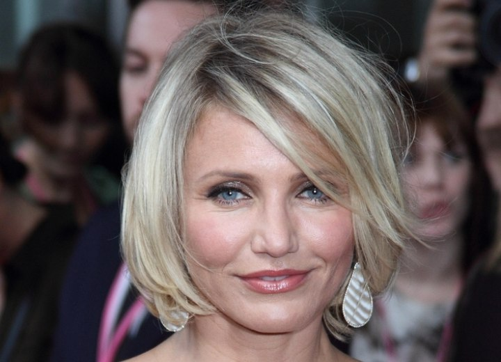 Cameron Diaz Wearing Her Hair Short In A Chin Length Bob