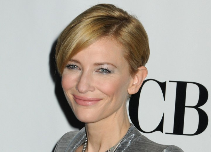 Cate Blanchett With Short Hair Easy And Refreshing Short Hairstyle