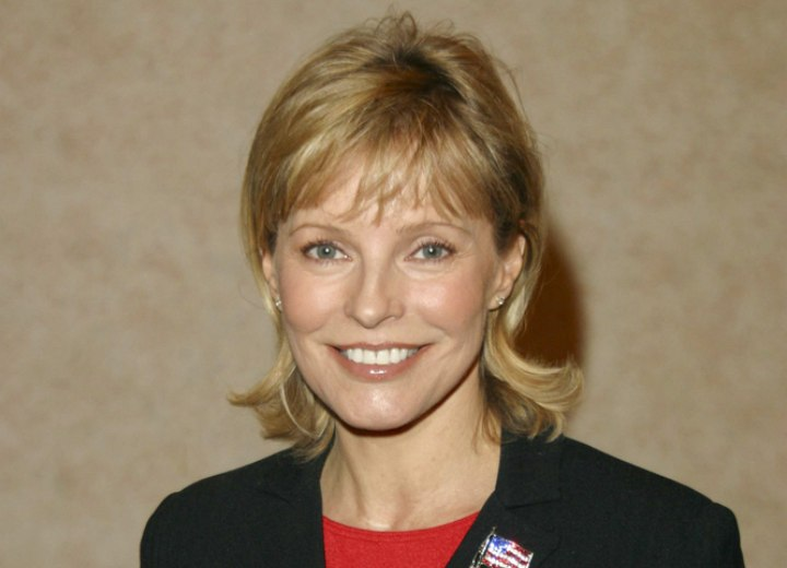 Cheryl Ladd Medium Length Hairstyle With A Long Neck