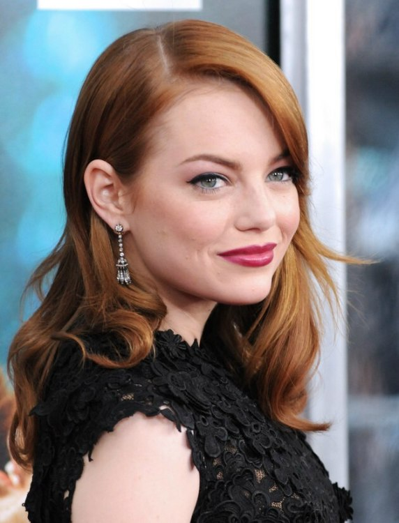 Emma Stone S Long Russet Hair That Matches Her Skin Tone