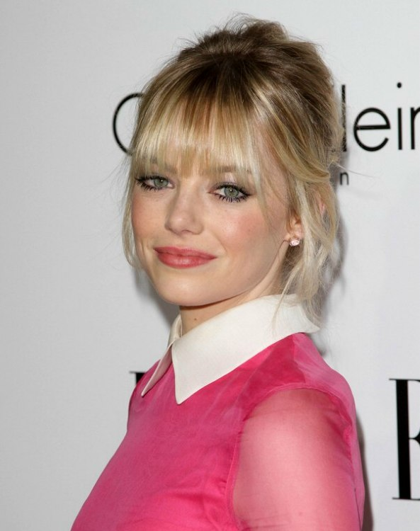 Emma Stone With Loosely Up Styled Hair With Tendrils On