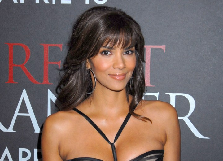 Halle Berry S Hairstyle With Curls That Cascade Down Her Back