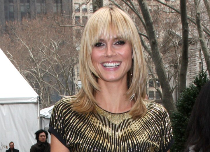 Heidi Klum With Her Hair Cut Just Over The Shoulders