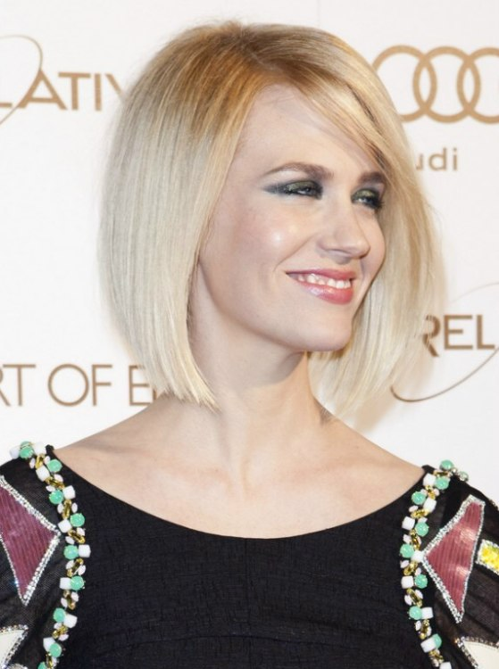 January Jones Sporting A Swing Cut Bob With An Inward