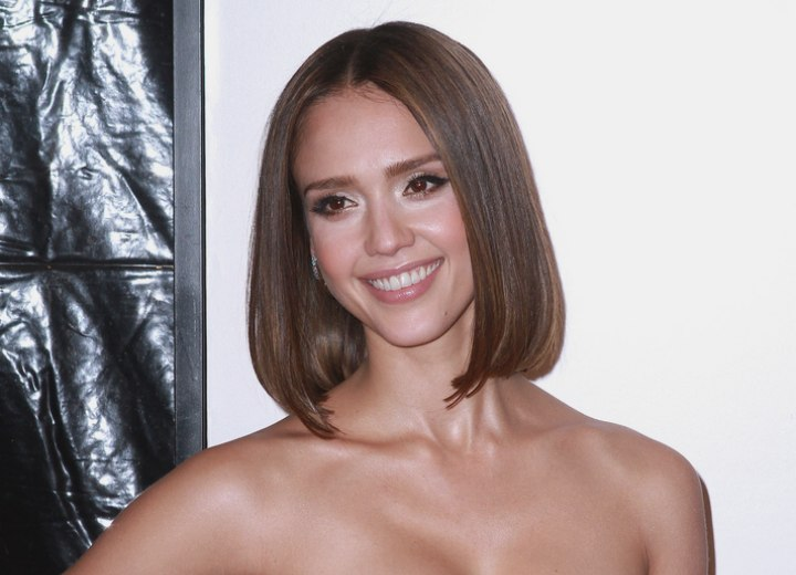Jessica Alba\u0027s new long bob, parted in the middle and