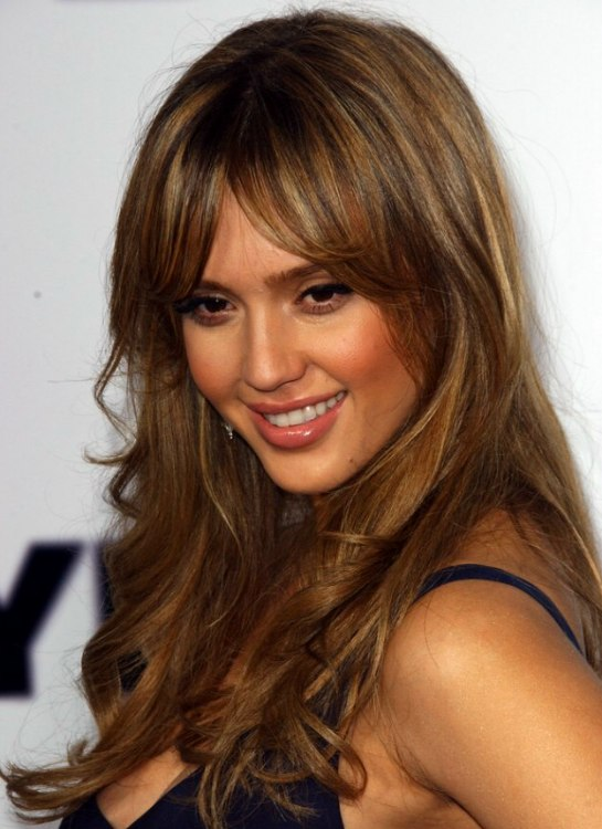 Jessica Alba S Long Hair With Wispy Curves