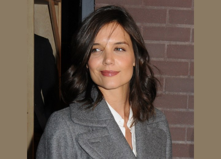 Katie Holmes Long Hair on Katie Holmes Long Hair With A Side Part And Brushed Over To The Side