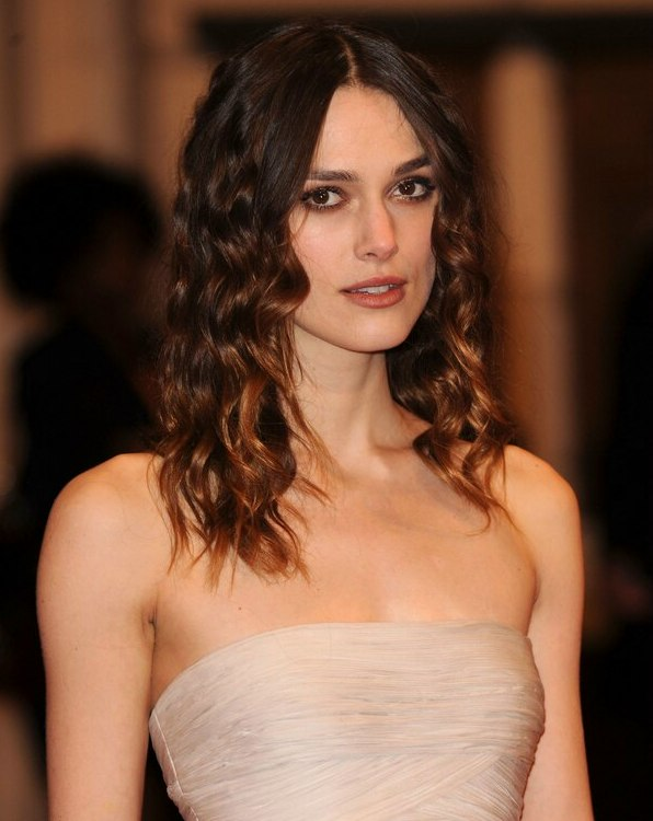 Keira Knightley With Romantic Long Hair With Floating Waves