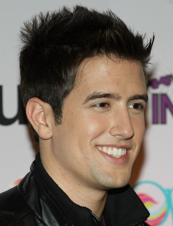 Logan Henderson Sporty Short Hair With Gelled Punks