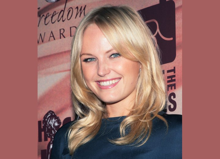 Loose Laying Curl Hairstyle. Malin Akerman with loose curls