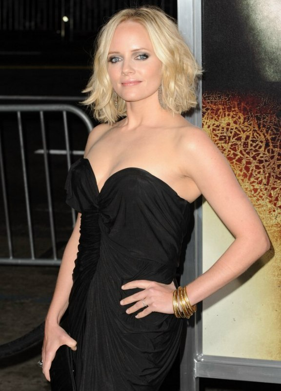 Marley Shelton S Medium Length Haircut That Can Give The