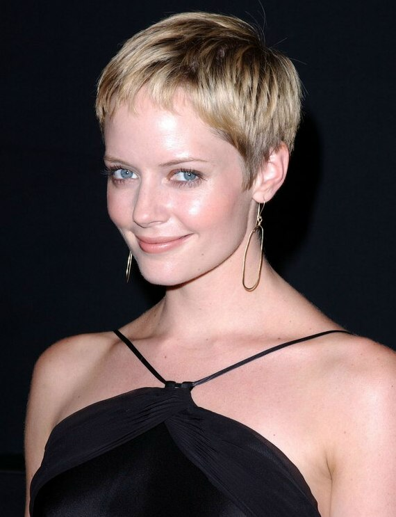 Marley Shelton Sporting Short Gamine Pixie Haircut