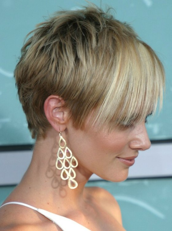 Pixie Style And Devil Lock Short Hair Combination For Marley Shelton