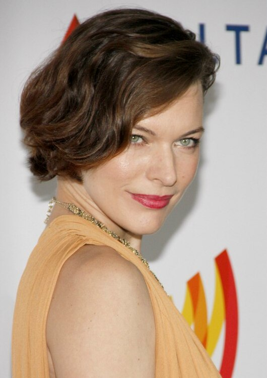 Milla Jovovich With Her Hair Cut In An Asymmetrical Short Bob
