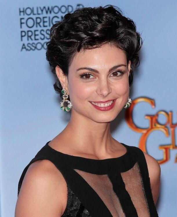 Morena Baccarin With Curly Short Hair