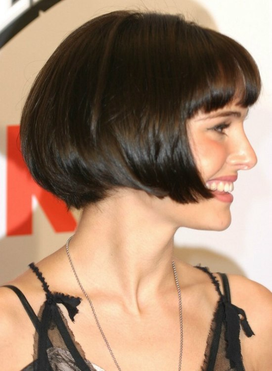 style of hair cut natalie portman with hair cut in a jaw length bob 5288 | natalie portman side view bob