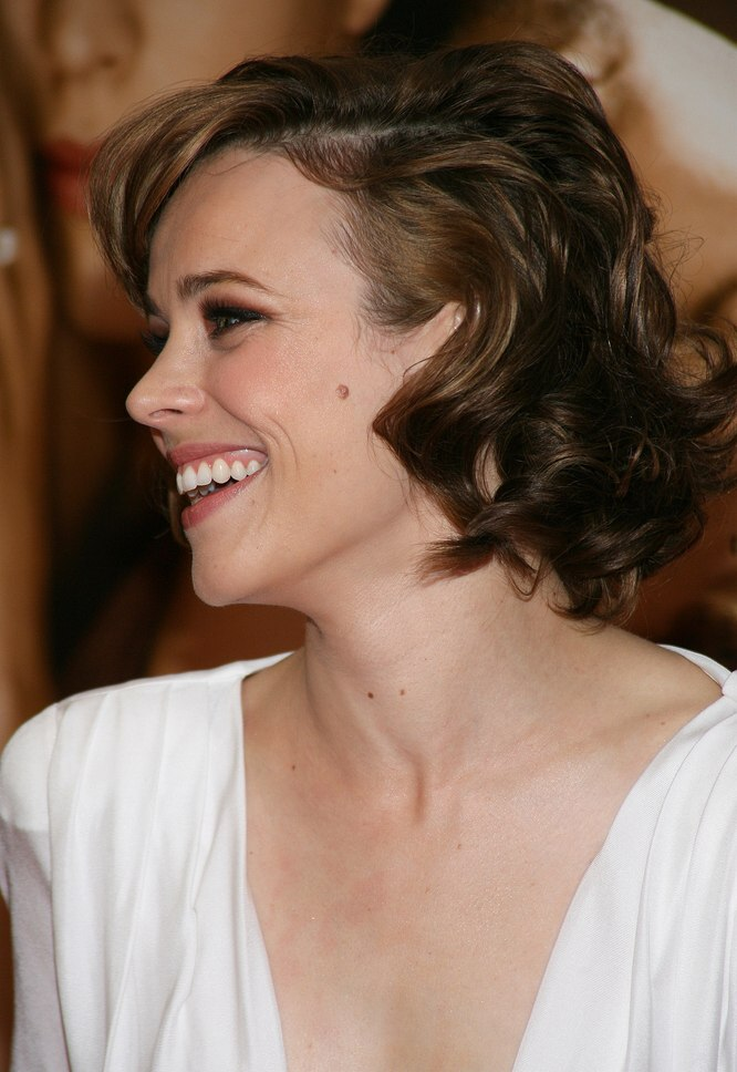 Carla Gugino S Hairstyle With Curled Bangs And Rachel Mcadams Bouncy