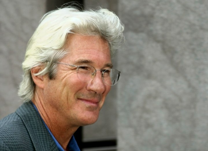Richard Gere with silver hair and sporting a classic layered men\'s ...