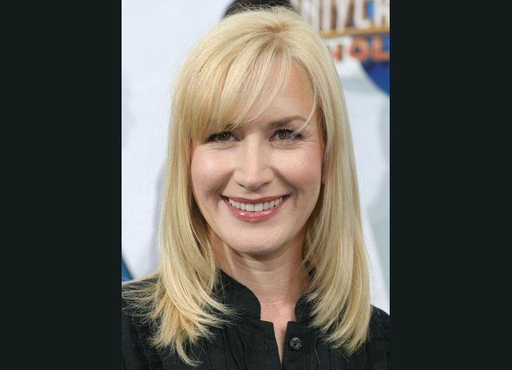 Angela Kinsey Leslie Mann Lackadaisical Twists Hair