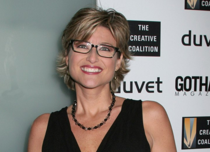 Ashleigh Banfield - Hairstyle for a woman who wears glasses
