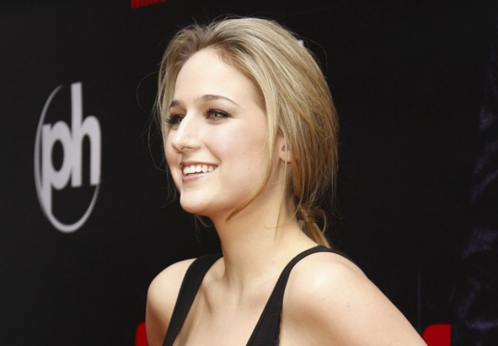 Razor Side By Side >> Trilby Glover and LeeLee Sobieski hair | Sleek razor-trimmed haircut and razor-cut hair in a ...