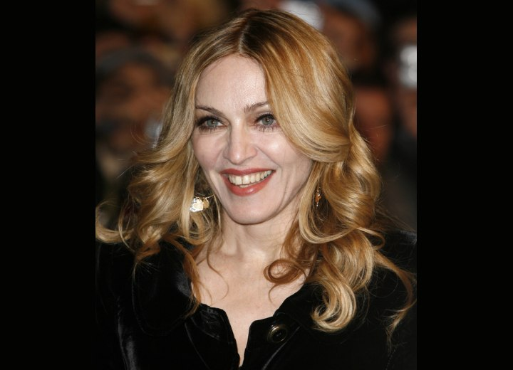 Madonna - Long hair with foiled colors