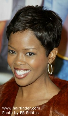 Malinda Williams super short haircut