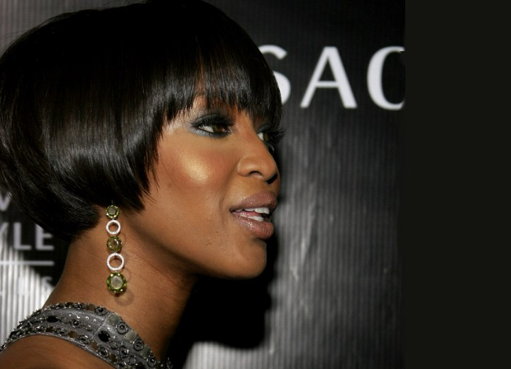 Side view of Naomi Campbell's short bob hairstyle