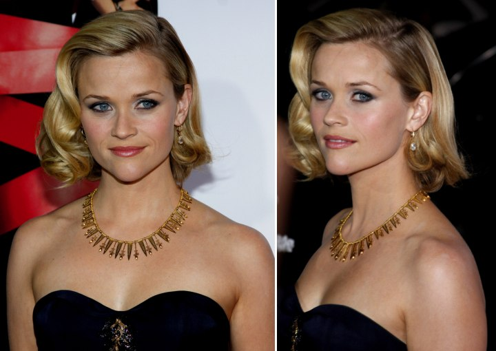 Reese Witherspoon in a fifties hairstyle with curls and Lindsay ...