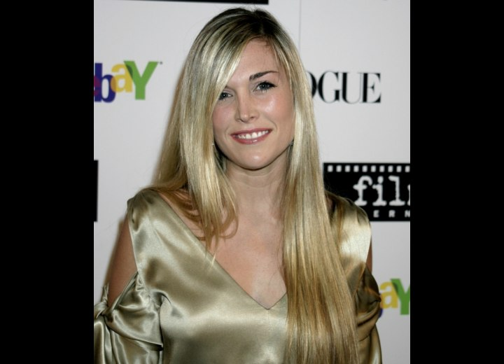 Tinsley Mortimer with very long straight hair