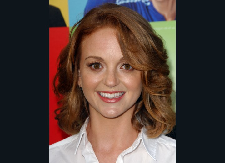 Lydia Hearst S Hair Parted Into The Center And Jayma Mays