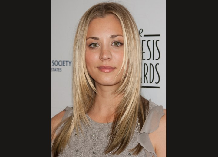 Kaley Cuoco's blonde hair with darker slices