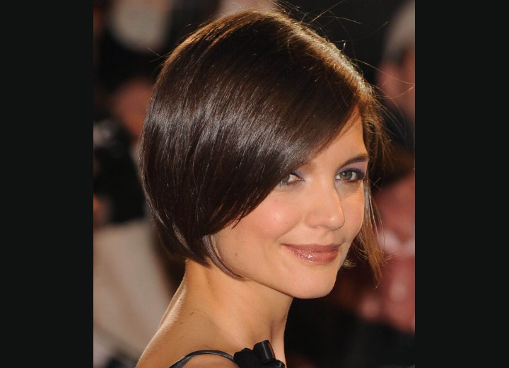 Katie Holmes Neckline Revealing Haircut And Olivia Wilde