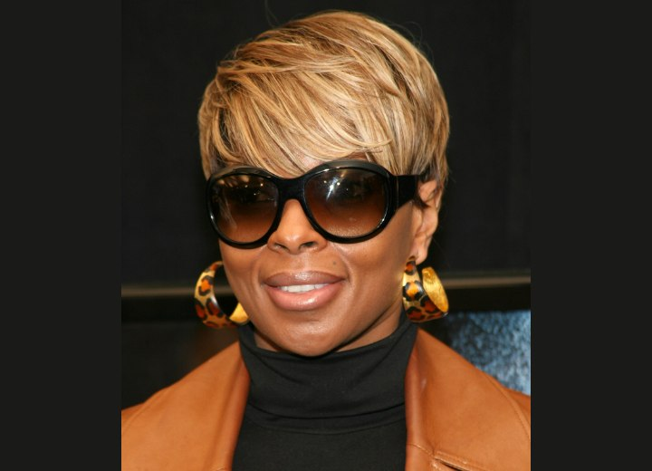 Mary J Blige S Short Haircut That Makes You Look Thinner And Ciara S Ponytail