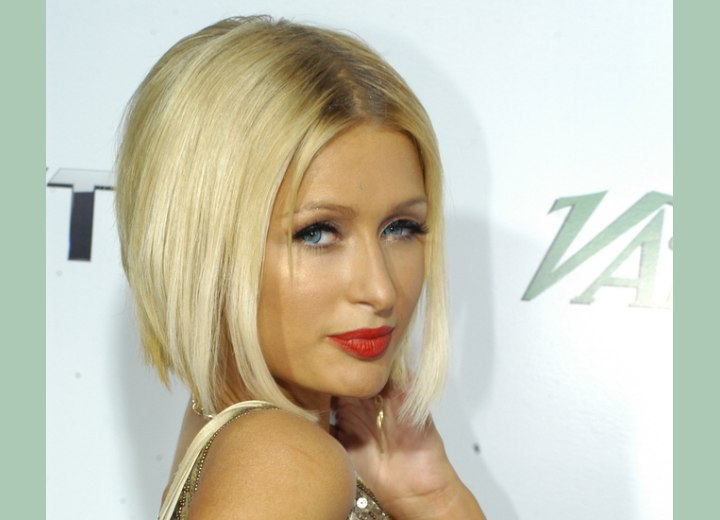 Hairstyle Finder on Her Hair Cut Midway The Neckline And Paris Hilton S Bob Hairstyle
