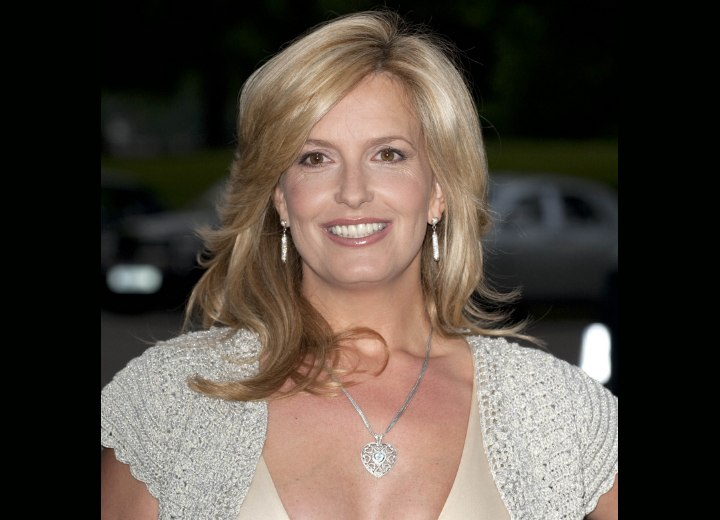 Penny Lancaster S Silk Classy Blonde Hair And Robin Wright