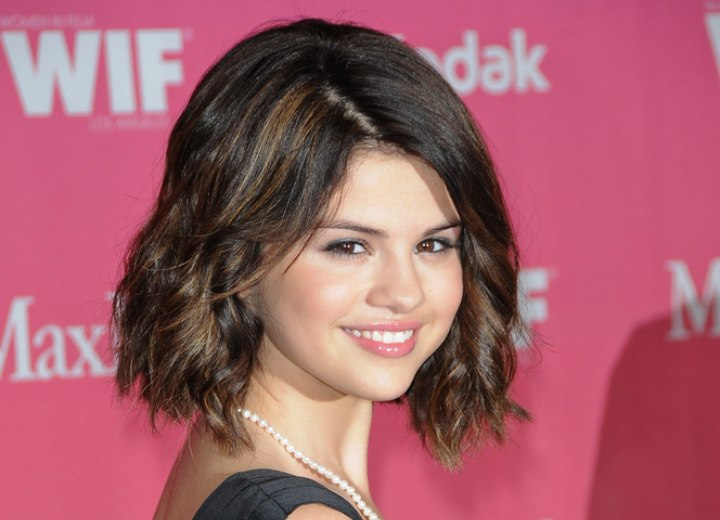 Selena Gomez S Bob Styled Into Spirals And Ashley Greene S