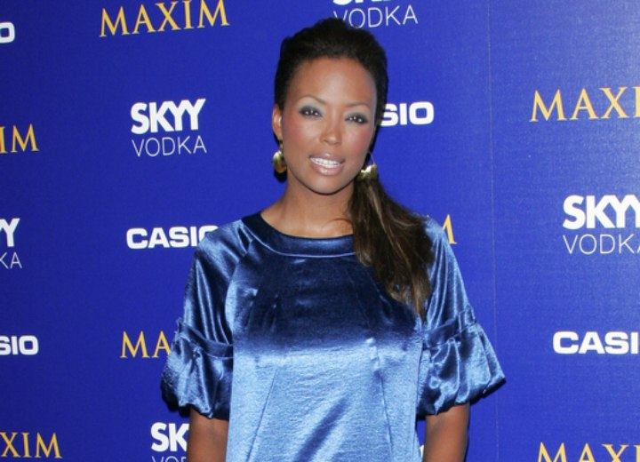 Aisha Tyler - Glam hairstyle with a ponytail