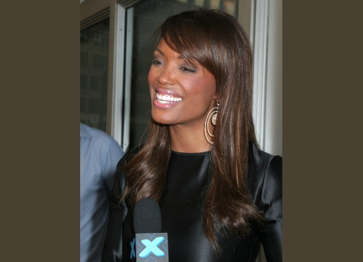 Aisha Tyler with shiny sleek hair