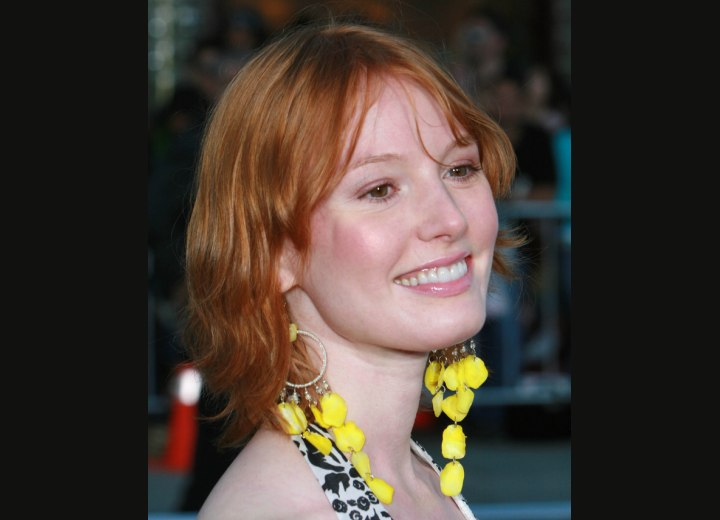 Alicia Witt - Medium length red hair