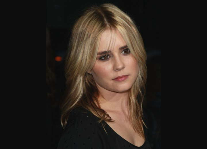 Alison Lohman with flattering long hair