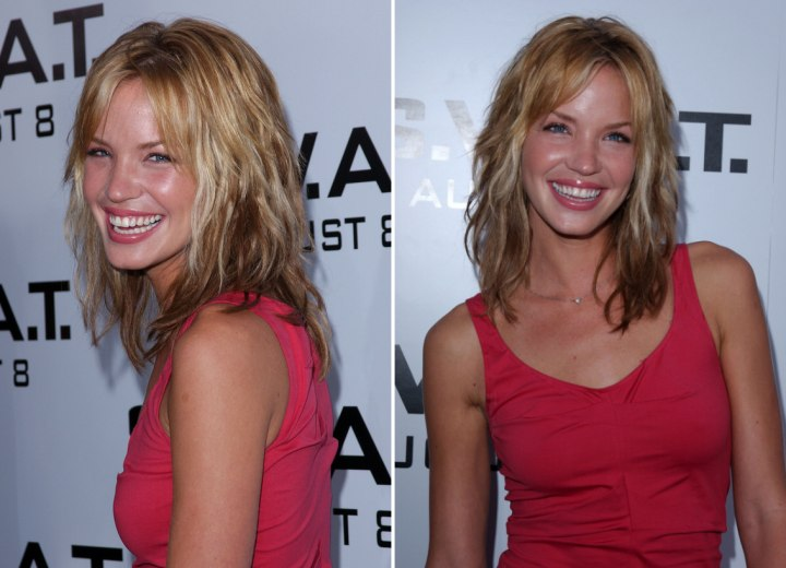 Ashley Scott - Side view of her long shag hairstyle