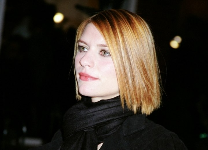 Claire Danes with bone straight medium length hair