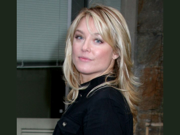 Elisabeth Rohm - Hairstyle for all face shapes