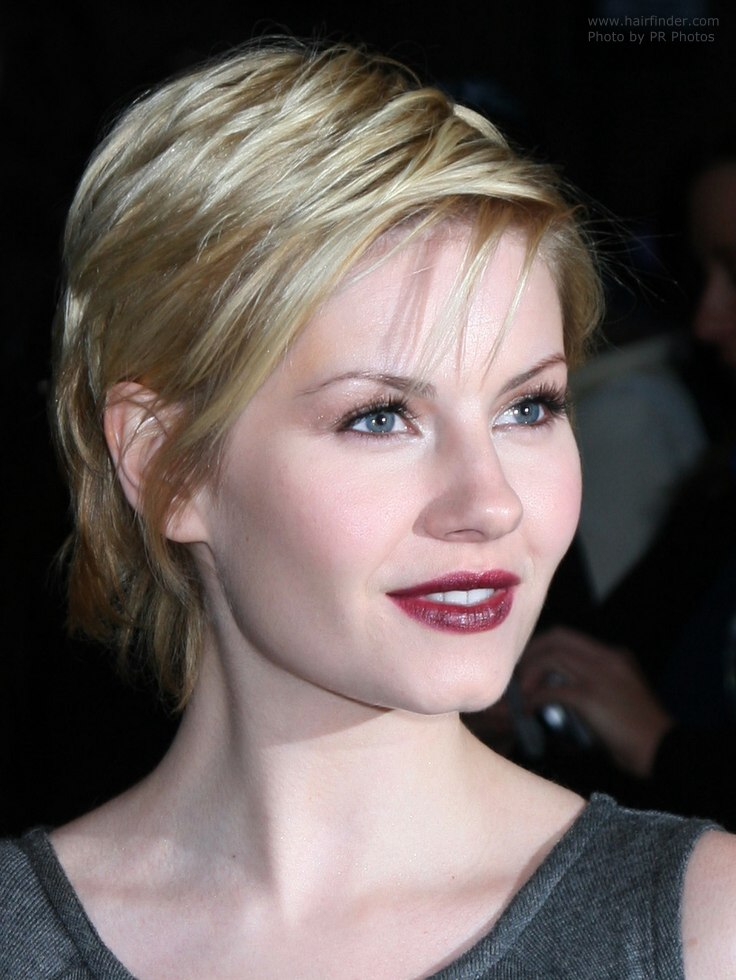 Short celebrity hairstyles Elisha Cuthbert 1