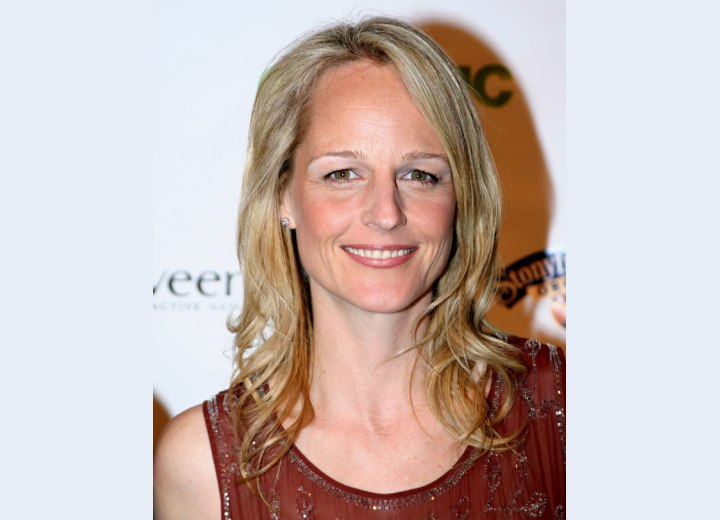 Helen Hunt's simple stylish hairstyle
