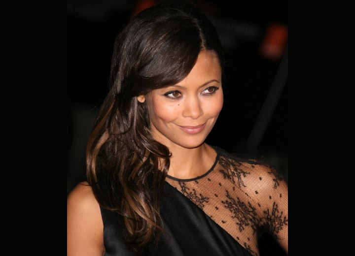 Thandie Newton - Long hairstyle with a high side part